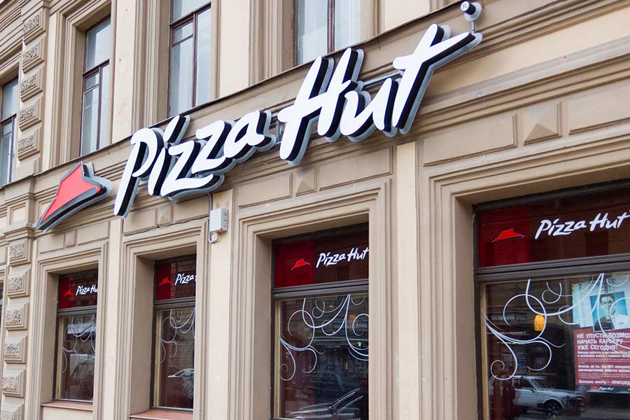 Jobseeker pulls knife on Pizza Hut staff after interview is cancelled
