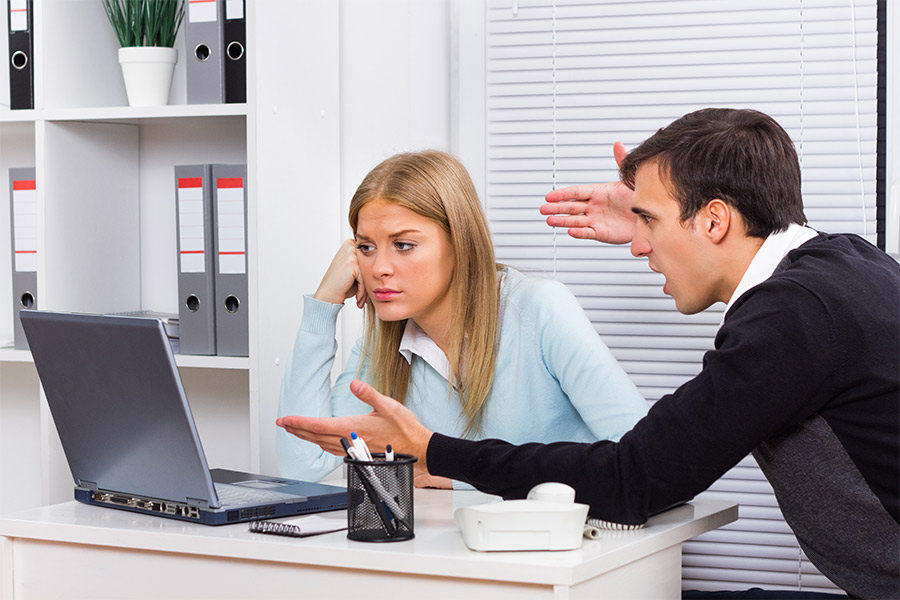 How HR should deal with workplace social media bullying