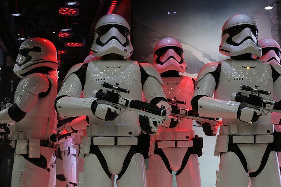 Stormtrooper fails miserably in novel recruitment drive