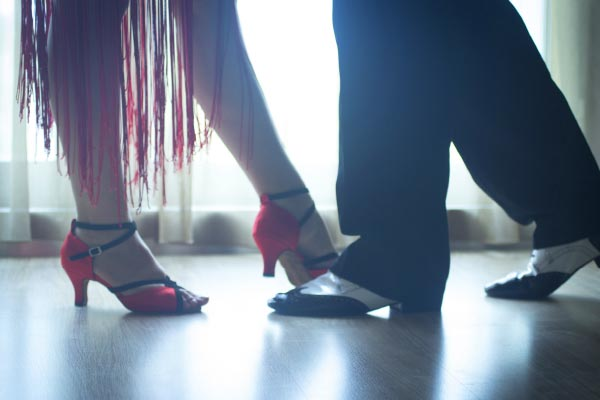 5 reasons to take your team swing dancing