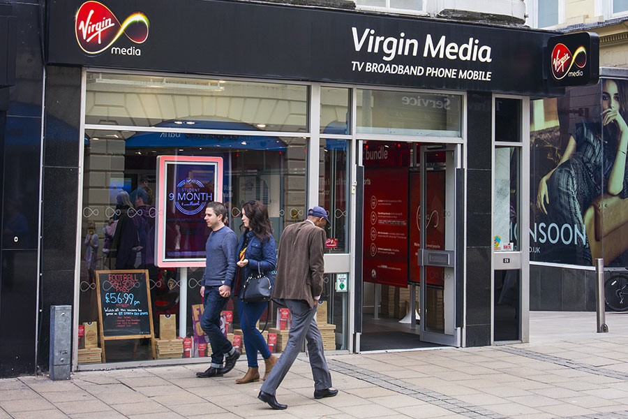 Dirty toilets & unhealthy breakfasts - Virgin Media staff grill execs over work gripes
